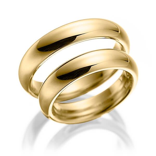 Alliances en or jaune poli disponible en 9 14 18 et 22 carats