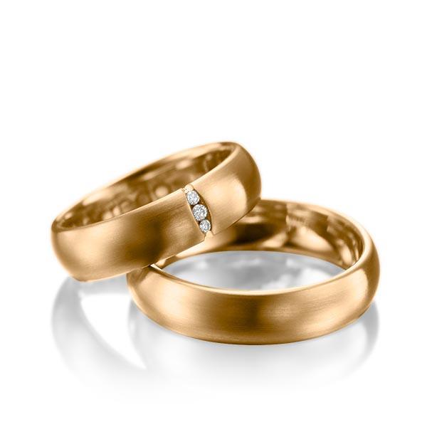 Alliances mariage pas cher en or jaune avec diamants