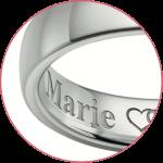 Gravure à l'intérieur des bagues de mariage
