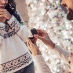 Bague de fiançailles sous le sapin: Une demande à Noël